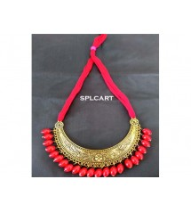 ANTIQUE CURVE PENDANT NECKSET WITH RED DORI