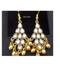 ANTIQUE DIAMOND SHAPE EARRINGS WITH WHITE STONES AND GUNGROO
