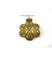 ANTIQUE GOLD FLOWER PENDANT