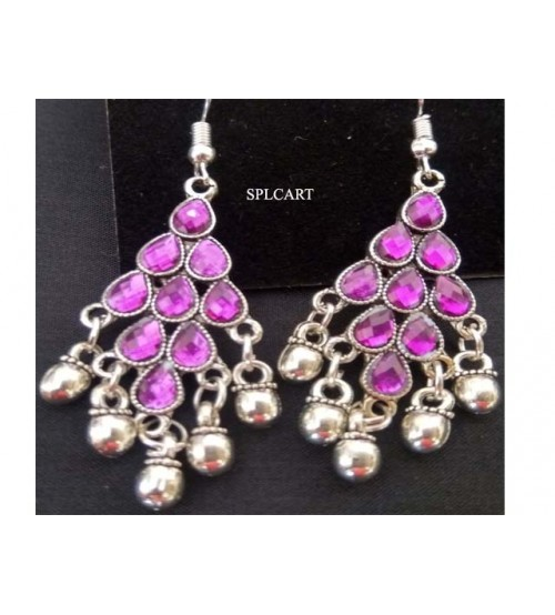 SILVER DIAMOND SHAPE EARRINGS WITH PURPLE STONES AND GUNGROO