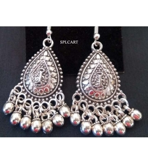 SILVER DROP SHAPE EARRINGS WITH GUNGROO