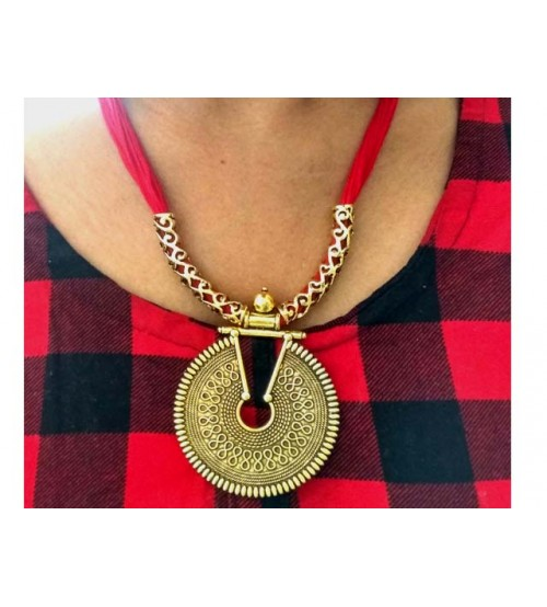 Splcart Cotton Dori With Antique Pendant Neckset (red)
