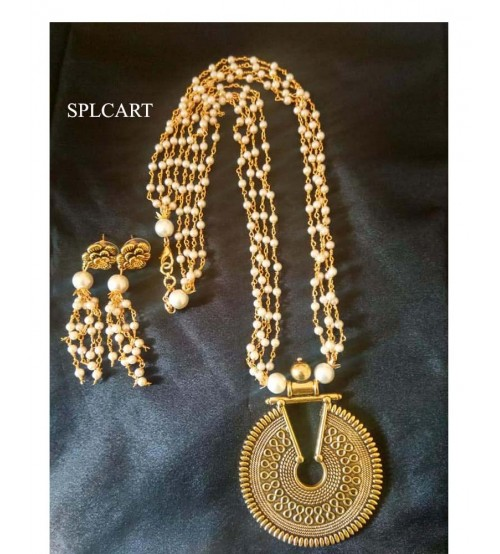 Splcart Pearl Linked Chain With Antique Pendant Neckset